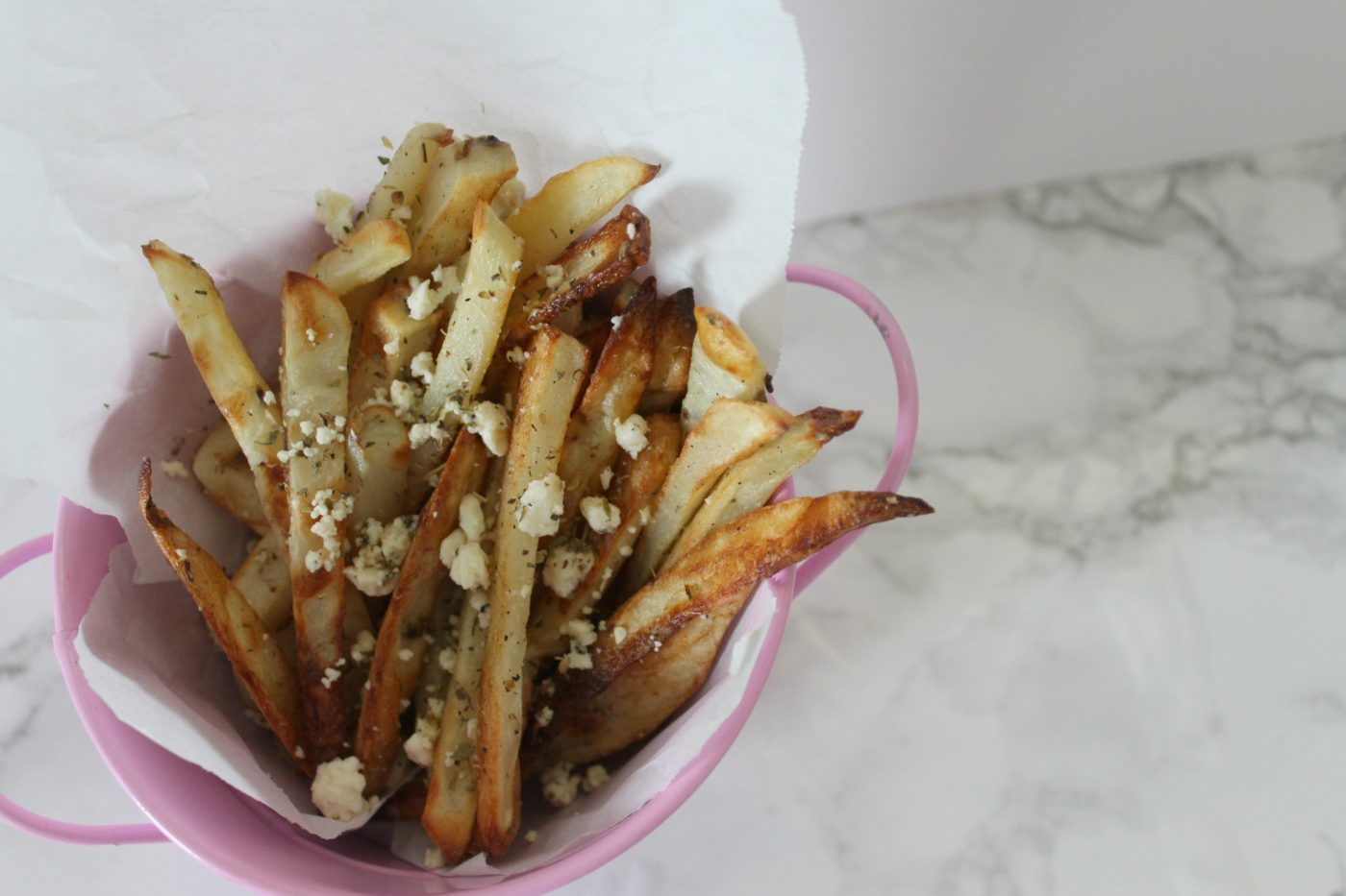 Greek fries are great with gyros or I like them to accompany my grilled cheese sandwiches. It sort of feels fancy.