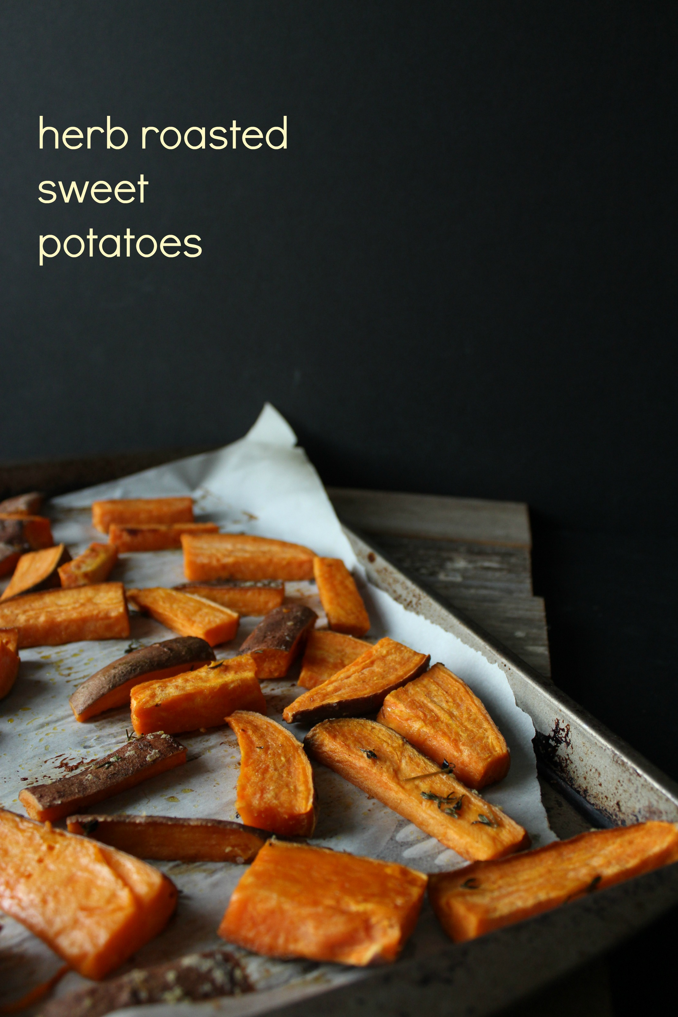 Simple herb roasted sweet potatoes | Eat.Drink.Frolc.